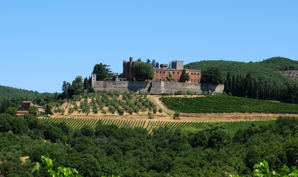 Villa-Casuarina-Post-Toscana chianti1