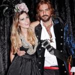 villa-casuarina-blog-baile-mascaras-fantasias-vogue-fotos-philippe-kliot-2