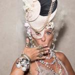 villa-casuarina-blog-baile-mascaras-fantasias-vogue-fotos-philippe-kliot-6