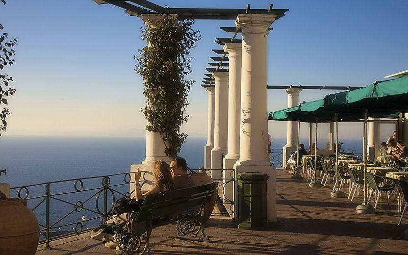 Capri_terrace_piazta