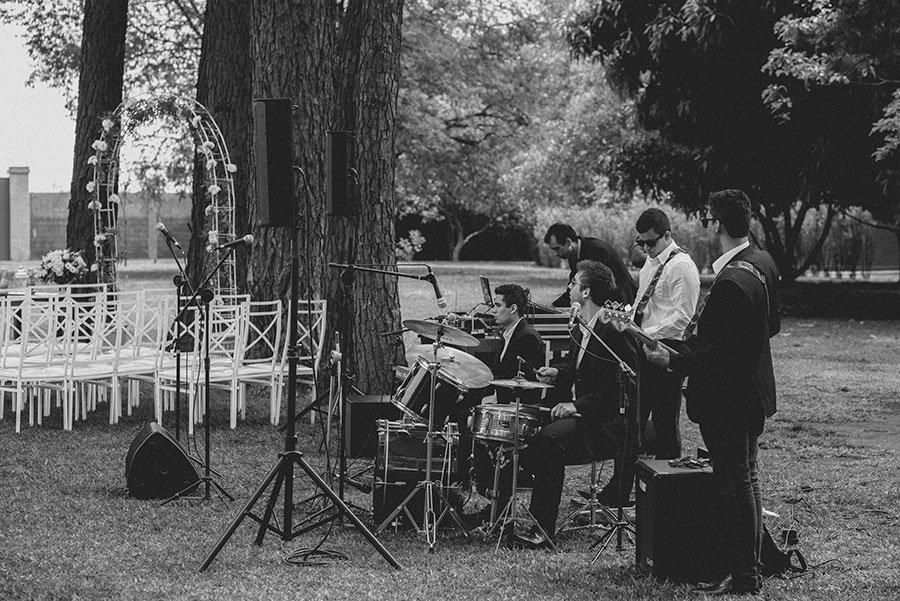 Copy-of-Karen+e+Andrew+-+Gustavo+Semeghini+-+Villa+Casuarina+-+Casamento+no+Campo+-+06