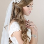 bel-aire-bridal-2015-wedding-hair-accessories-floral-rhinestone-comb-veil-947a8618