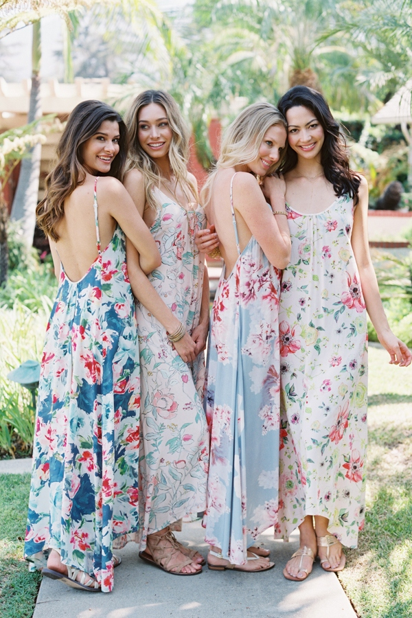 Bridesmaid-Gifts-Printed-Bridal-Bridesmaid-Robes-Rompers-via-Plum-Pretty-Sugar-30